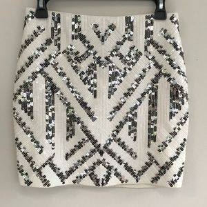 EXPRESS size Small short skirt with sequins